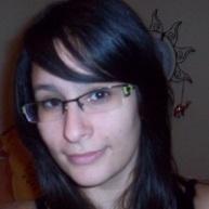 Justine Guenniche identité